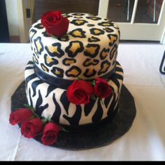 Leopard cake❤ Rose Sander onto ideas for party