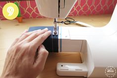 truco-costura-9 Cool Stuff, Sewing, Couture, Sewing Ideas, Molde, Scrappy Quilts, Sewing Hacks, Lifehacks, Learn To Sew