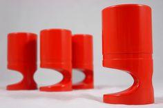 Orange vintage Melaware cups