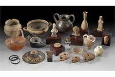 Schöne Sammlung antiker Keramik. 2. - 1. Jt. v. Chr. Darunter ein schönes Töpfchen vom Typus Tepe