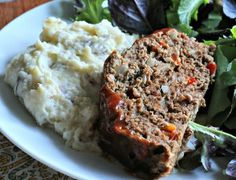 Try this Classically Delicious Slow Cooker Meatloaf for a simple slow cooker meatloaf recipe that stays true to an American comfort food tradition.
