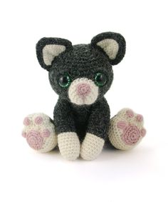 Charlie the kitten amigurumi pattern by Patchwork Moose (Kate E Hancock)