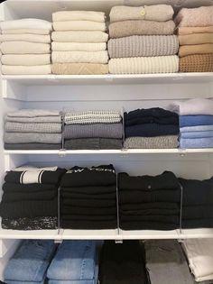Master Closet, Closet Bedroom, Closet Space, Bedroom Closet Organizing, Wardrobe Organisation, Diy Organization, Organisation Hacks, Organizing Wardrobe, Clothes Drawer Organization