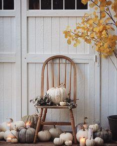 Fall Home Decor, Autumn Home, Holiday Decor, French Country Cottage, Cottage Style, Grey Pumpkin, Architecture Design, Romantic Table Setting, Autumn Table
