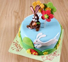 Make this season egg-citing with an appealing 3D cake, which is available in three variations at SATOO Deli - #Easter Garden, Rabbit Kingdom and Egg-stravaganza! #Jakarta