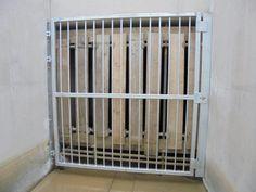 Lockable galvanized inlet gate