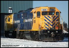 Another shot of GP38-2's 1805 and 1809 captured New Year's Eve at Cochrane Shops.