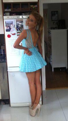 teen girls short tight dress skirt high heels sexy erotic hot