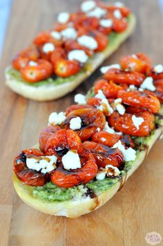 Roasted Tomato Goat Cheese Pesto Pizza