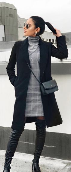 40 Trendy Outfits To Wear Now - #winteroutfits #winterstyle #winterfashion #outfits #outfitoftheday #outfitideas #bossbabe #womensfashion