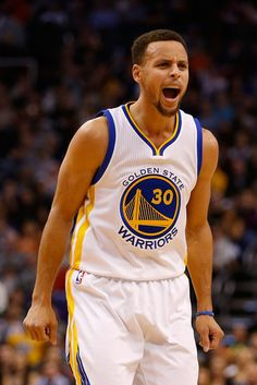 The Golden State Warriors rained 3s in the desert and pushed their NBA-record start to 17-0. Stephen Curry scored 41 points in three quarters and the Warriors made a franchise-record 22 3-pointers (in 38 attempts) during their highest-scoring game of the season, a 135-116 rout of the Phoenix Suns on Friday night. Golden State fell one shy of the NBA record for 3s set by Orlando on March 9, 2009, and matched by Houston, against the Warriors, on Feb. 5, 2013.