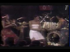 ▶ The Pointer Sisters - Who Do You Love - YouTube
