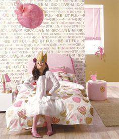 decora con papales pintados el dormitorio de tu niña, quedara asi de chulo!