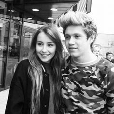 Niall and a fan!!!!!!!!!