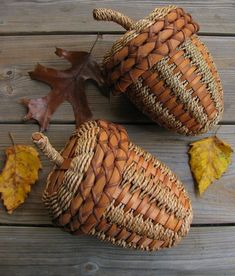Vintage Large Handwoven Rustic Fall Brown Acorn by BlueGreenGrey Acorn Crafts, Fall Crafts, Wooden Basket, Wicker Baskets, Weaving Art, Hand Weaving, Basket Weaving Patterns, Holiday Baskets, Acorn And Oak