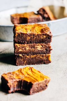 It's time for pumpkin brownies! I realized that, with the exception of  pumpkin ale mac and cheese, I haven't posted a pumpkin recipe yet this  fall. What. is. happening.Pretty sure I have mentioned my love of pumpkin  in every post since I started this blog, and yet somehow we have made it to