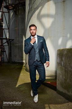 Rustic Items Ideas For Men To Look Handsome 06 Wedding Dress Men, Wedding Men, Wedding Suits, Wedding Attire, Mens Fashion Suits, Mens Suits, Fashion Outfits, Groom Attire, Groom And Groomsmen