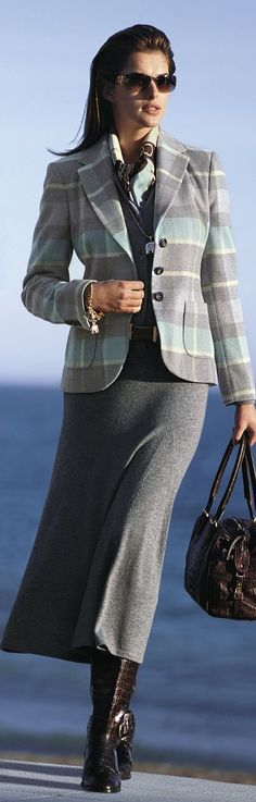 Pretty grey, wool ensemble. Business outfit.