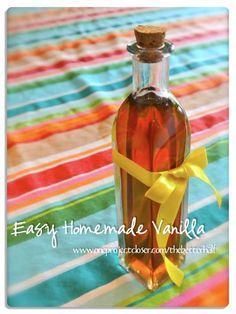 Easy Homemade Vanilla Extract! 5 minutes or less in prep and WAY cheaper than store bought. Makes for great gifts! #the better half #recipes #gifts