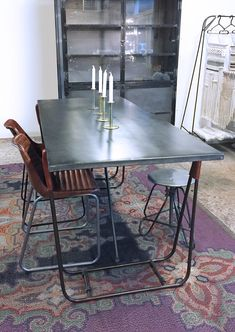 Industriële design eettafel van quip en Co voor kantoor en thuis Dining Table, Store, Furniture, Design, Home Decor, Desk, Decoration Home, Room Decor, Dinner Table
