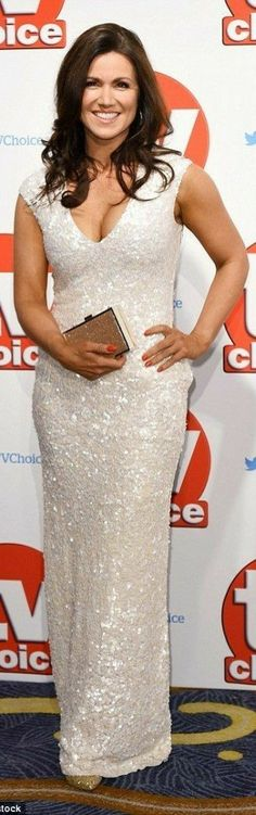 Susanna Reid shows cleavage in sequinned gown at TV Choice Awards 2015 Sexy Older Women, Sexy Women, Suzanne Reid, Step Tv, The Jeremy Kyle Show, Mark Wright, Kate Garraway, Michelle Keegan, Plunge Dress