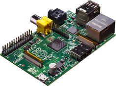 La Raspberry por unos 30 €; y una caja de entre 5 a 20 € más según la que pilles (opcional) - Todo un ordenador en miniatura para experimentar, ideal para TV como Centro Multimedia conectado a la RED - Raspberry Pi RBCA000 - Placa base (ARM 1176JZF-S, 512 MB de RAM, HDMI, 2 x USB 2.0, 3,5 W): Amazon.es: Informática