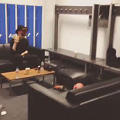 is this luke trying to be ashton why have i never seen this