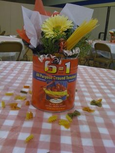 Google Image Result for http://showmedecorating.files.wordpress.com/2011/08/spaghetti-lunch-centerpiece.jpg