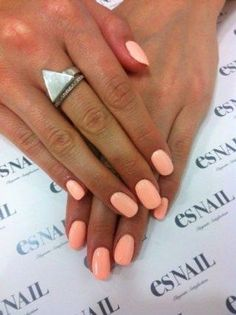 Best Nail Polish Colors of 2019 for a Trendy Manicure Neon Coral Nails, Coral Nail Polish, Peach Nails, Red Nails, Color Nails, Orange Nails, Pastel Nails, Acrylic Nails, Pointy Nails