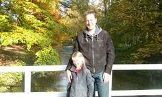 Mijn man Marco en dochter Jane. Clingendael, Den Haag. Mijn eigen foto. 25-10-2015.