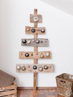 Un albero di natale fai da te semplice ed elegante Next Year's Advent Tree?