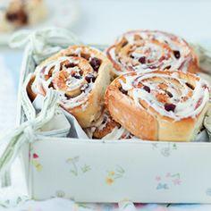 cinnamon buns, cinnamon rols