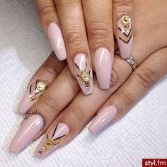 Pink coffin nails with gold details