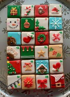 Mini Cookies, Christmas Sugar Cookies, Christmas Decorations, Holiday Decor, Edible Art, Christmas Goodies, Cookie Decorating, Advent Calendar, Gingerbread