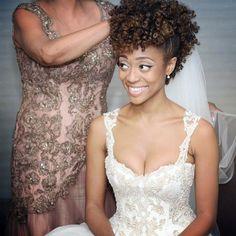 african wedding hairstyles 30 Beautiful Wedding Hairstyles For African American Brides - bridal hairstyles for natural hair - Natural Hair Wedding, Natural Wedding Hairstyles, Natural Hair Brides, Bridal Hairstyles, Asian Hairstyles, Dreadlock Hairstyles, Black Hairstyles, Medium Hairstyles, Short Haircuts