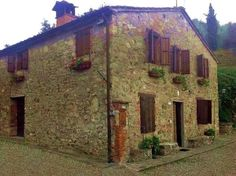 Farmhouse in the Lucca green hills. Italy real estate,  Tuscany property for sale. www.lucaevillas.it