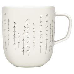 Vitro-porcelain mug with an arrow motif.   Product: MugConstruction Material: PorcelainColor: White