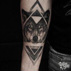 16 Ideas For Tattoo Sleeve Skull Wolves tattoo mann vorlagen skull sleeve tattoos Wolf Tattoos, Feather Tattoos, Forearm Tattoos, Animal Tattoos, Body Art Tattoos, Skull Sleeve Tattoos, Girls With Sleeve Tattoos, Tattoos For Guys, Wolf Tattoo Design