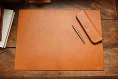 Desk mat (KZ-100) Office Workstations, Desk Mat, Office Supplies, Notebook, Leather, Design, Gallery, Farmhouse Rugs, Accessories