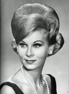 60s hairstyle. Superb.