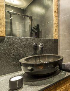 Maison HAND - Chalet Val d'Isere Pierre Emmanuel, Modern Baths, Lodge Decor, Winter House, Modern Rustic, Sink, House Design, Interior Design, Chalets