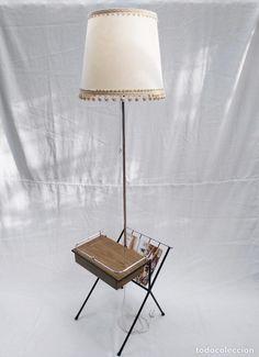 LÁMPARA DE PIE CON MESITA Y REVISTERO (Vintage - Lámparas, Apliques, Candelabros y Faroles)