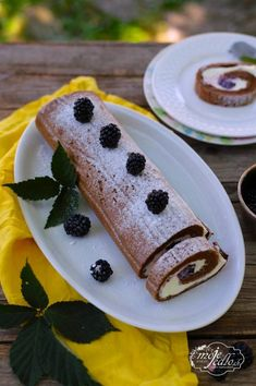 Kakaová roláda Pudding, Desserts, Food, Tailgate Desserts, Deserts, Puddings, Meals, Dessert, Yemek