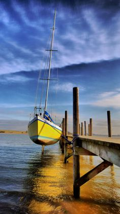 Waiting for the tide. source Flickr.com