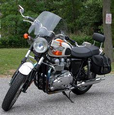 Bonneville T-100 2006 Triumph T120, Triumph Bonneville, British Motorcycles, Cars And Motorcycles, Vehicles, Motorbikes, Car, Vehicle, Tools