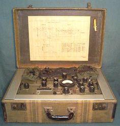 US Army Intelligence AN/PRC-1 Suitcase Radio - U.S. (1944)