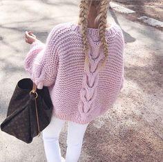 """Strikk din mote💕 on Instagram: """"Gleden er stor! Rosa garn til Daisy kommer i slutten av uka. Vi har åpnet for forhåndsbestilling nettbutikken🌸Fargen heter lysrosa 595.…"""" Pullover, Boutique, Sweaters, Jumpers, Instagram, Fashion, Pink, Moda, Fashion Styles"""