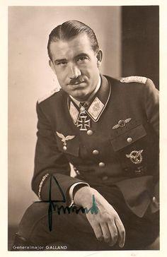 Official-Photo-German-Luftwaffe-FIGHTER-ACE-ADOLF-GALLAND