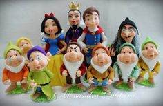 polymer clay, porcelana fria, masa flexible, biscuit, pasta francesa, cold porcelain Polymer Clay Figures, Fimo Clay, Polymer Clay Crafts, Polymer Clay Creations, Fondant People, Snow White Cake, Snow White Birthday, Christmas Clay, Disney Theme
