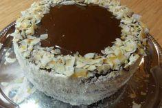Jak na nejjednodušší a nejrychlejší dortový korpus   recept Acai Bowl, Candy, Breakfast, Food, Acai Berry Bowl, Sweet, Morning Coffee, Toffee, Meal